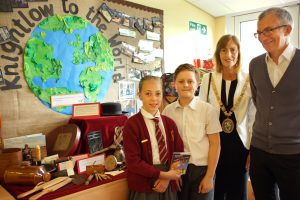 Rugby Mayor and children from Knighlow School at the opening of the exhibition